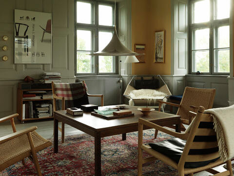 Carl Hansen & Son, Monocle