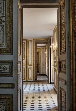 Vogue Living, Versailles